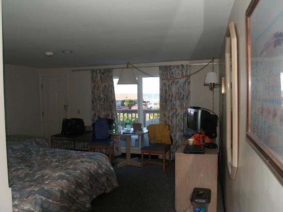 Outer Reach Resort: Our room