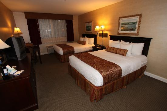 Best Western Plus Vineyard Inn & Suites: Very Tasteful Room