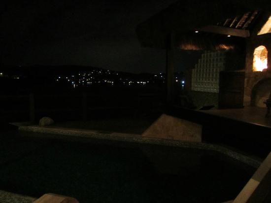 Cachoeira Inn: View at night
