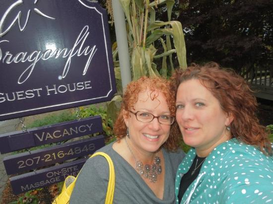 Dragonfly Guest House: Lisa and I leaving ... so sad!!!!