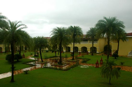 The LaLiT Golf & Spa Resort Goa: Garden View Room
