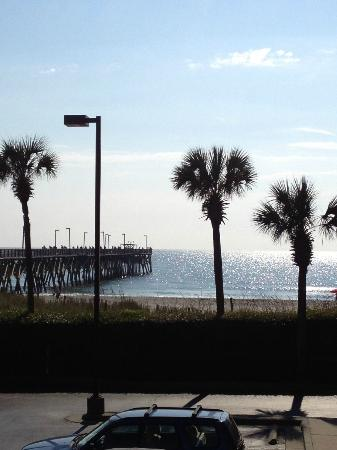 Surfside Beach Oceanfront Hotel: View of pier beside hotel