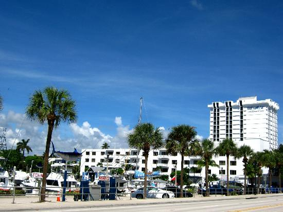 Bahia Mar Fort Lauderdale Beach - a Doubletree by Hilton Hotel: The hotel from the beach