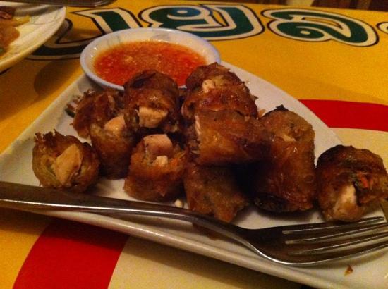 Organic Mulberry Farm Restaurant: chicken speing rolls
