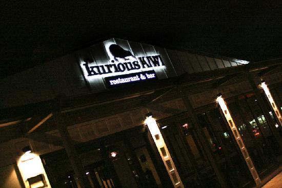 The Kurious Kiwi Restaurant & Bar: getlstd_property_photo