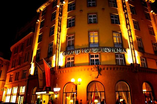 Grand Hotel Bohemia: Grand Bohemia Hotel at night