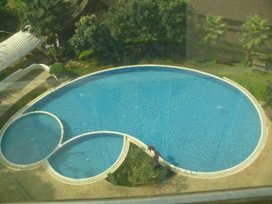 Champasak Grand Hotel: Swimming pool