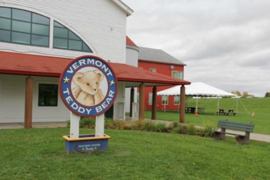 Vermont Teddy Bear Company: Main Building