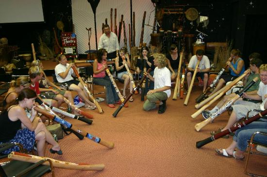 Sounds of Starlight: Free didgeridoo introductory workshops Monday to Friday