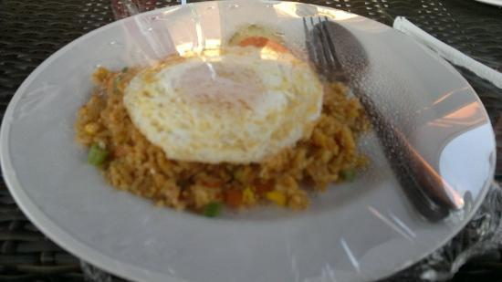 The Banyumas Villa: Breakfast, fried rice + fried egg