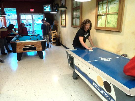 Old Town Pizza and Pasta: The game area, air hockey and pool.