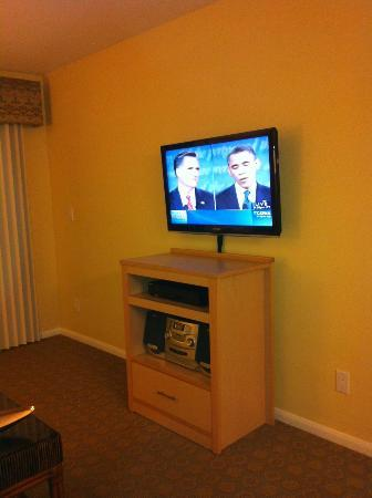 WorldMark San Diego - Mission Valley: living room, don't mind the debate, lol!!