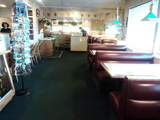 The Station: The main part of the dining room