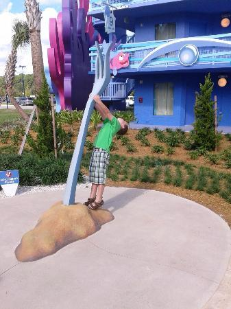 Disney's Art of Animation Resort: resort decor