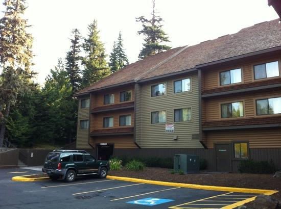 Best Western Mt. Hood Inn: outside area