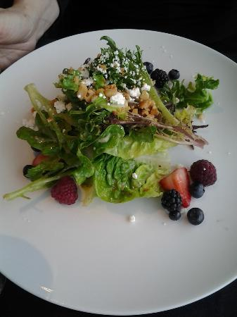 Three Ravens Restaurant & Wine Bar: Salad