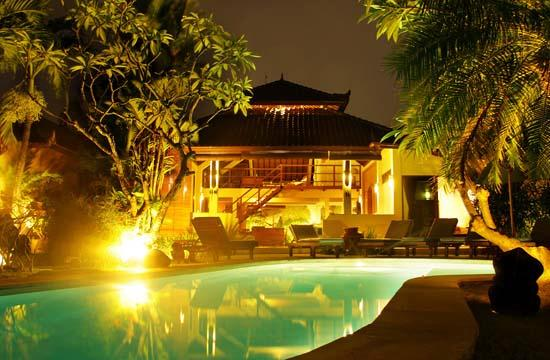 Dyana Villas: 3 bedrooms villa balinese style