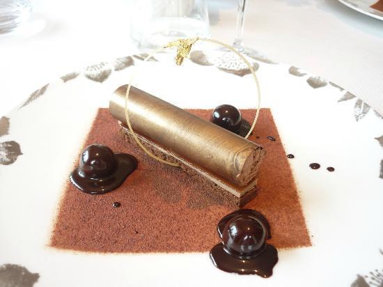 Hotel Imperial Garoupe : Le dessert préparé le chef patissier..une turie