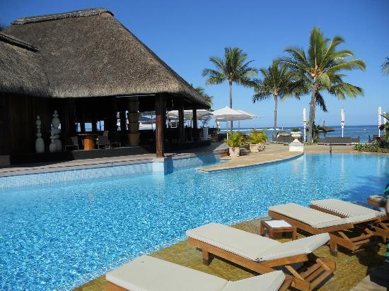 Sugar Beach Mauritius: Tides and the Main Pool