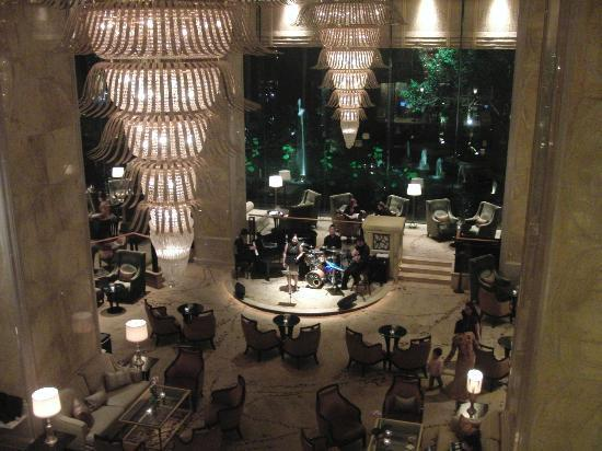 Shangri-La Hotel Kuala Lumpur: Foyer from 1st floor