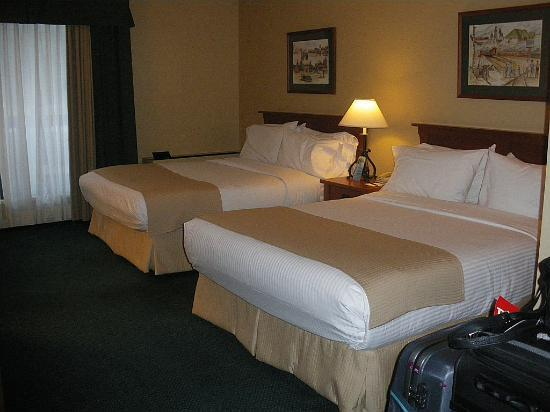 Sawridge Inn and Conference Centre Jasper: comfortable beds