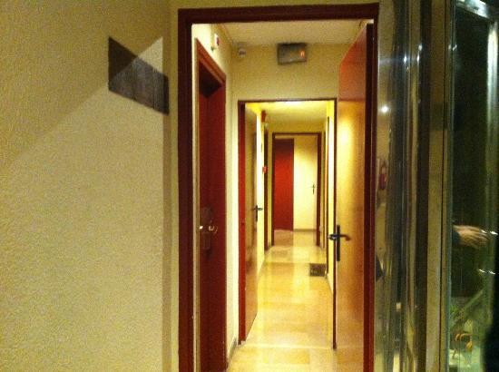 Ronda House Hotel: corridoio