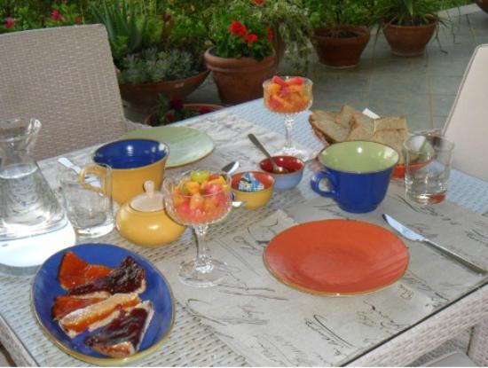 Argo Bed and Breakfast: breakfast