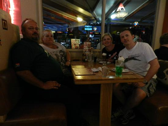 Falcon Creek Spur Steak Ranch: Catching up with family - FANTASTIC!