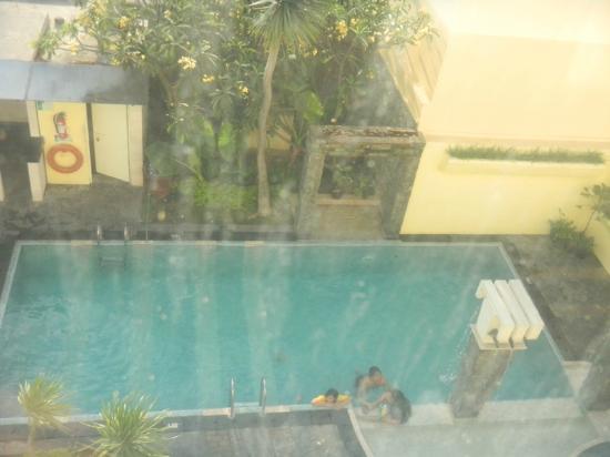 Hotel Ibis Yogyakarta Malioboro: Swim without Swim Suit