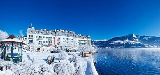 Grand Hotel Zell Am See Hauptansicht Winter