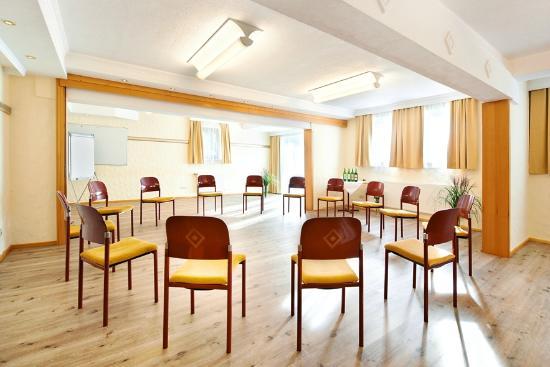 Revita Hotel Kocher: Seminarraum Mittel