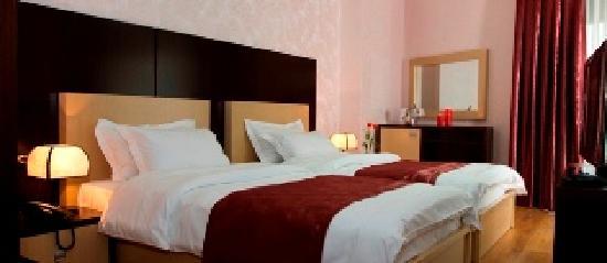 White Dream Hotel: Twin preferential room