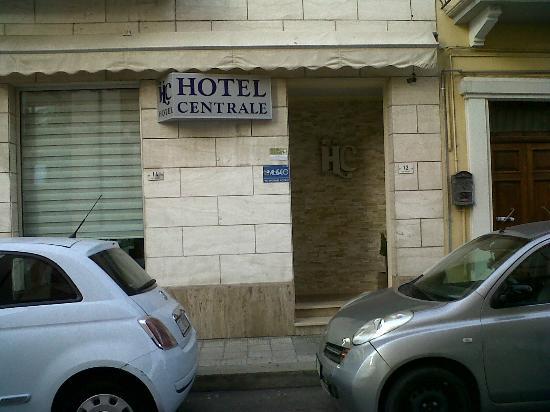 Hotel Centrale: esterno via balilla