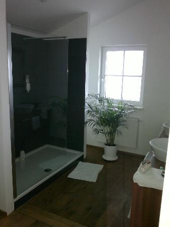 Hotel Gerl: bathroom