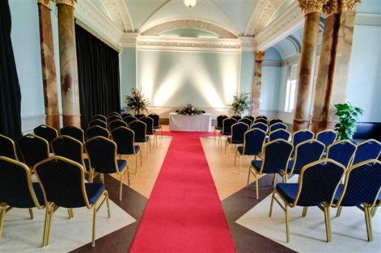 Cheltenham Town Hall: Civil Ceremony in the Drawing Room