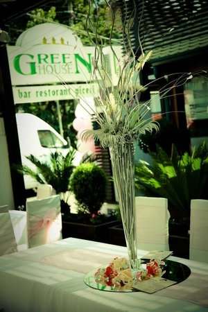 Green House : The outside view of the restaurant