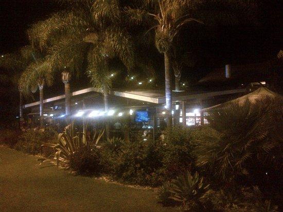 Doca de Santo: View of restaurant and patio outside