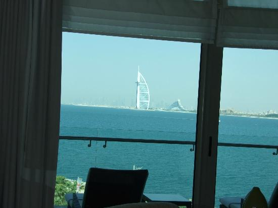 Rixos The Palm Dubai: View from the rom on Burj Al Arab