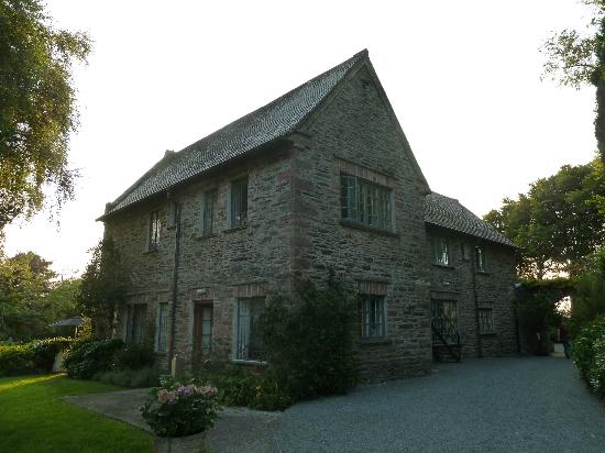 Ard na Sidhe Country House: Haupthaus inkl. Reception/Restaurant