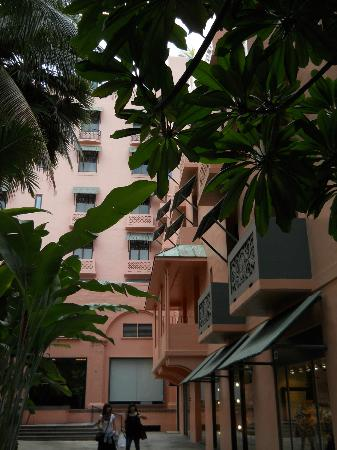 The Royal Hawaiian, a Luxury Collection Resort: Balconies on the Coconut Grove.