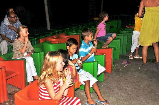 Club Med La Plantation d'Albion: The kids watching a movie at the kids club