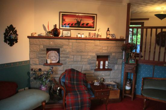 Drumbuie Farm: Living Room