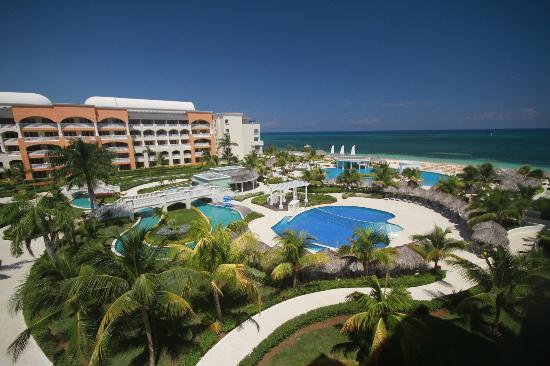 Iberostar Rose Hall Suites : View from our room