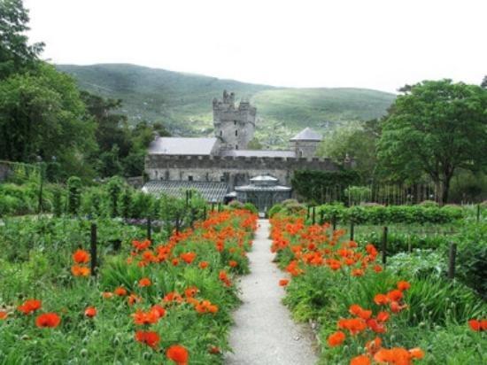 Glenveagh Castle: Glenveaugh castle , Glenveaugh National Park