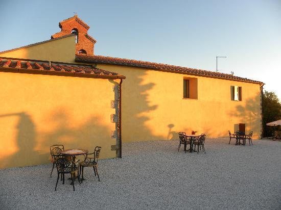 Borgo della Speranza: Kirche