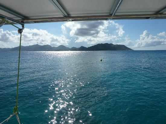 Private Yacht Charter SXM: View of St. Martin from the water