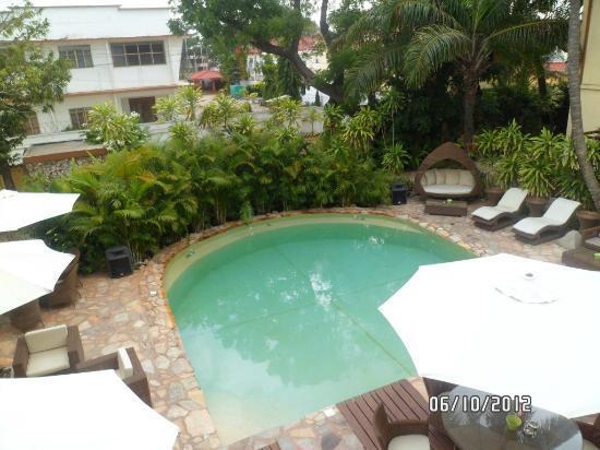 Pool picture of la villa boutique hotel accra tripadvisor for Boutique hotel uzuri villa