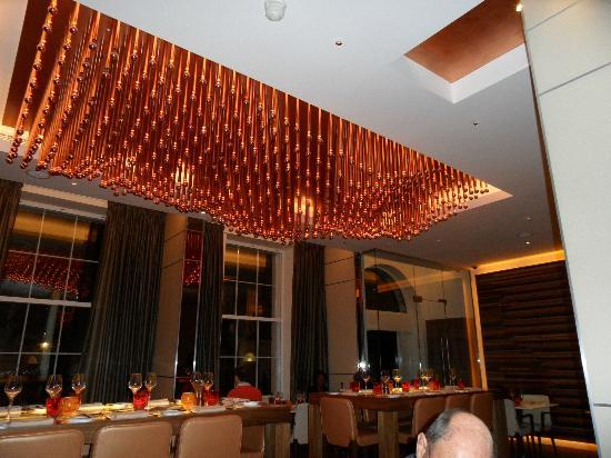 The Grill At The Montcalm: Dining Area