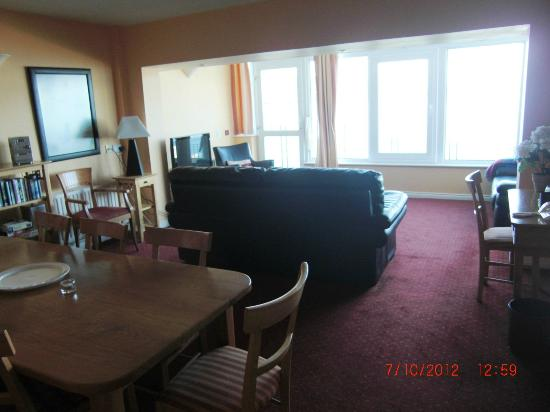 Ballygally Holiday Apartments: Spacious