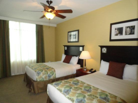 Wyndham Vacation Resorts At National Harbor: Guest Bedroom with Two Double Beds